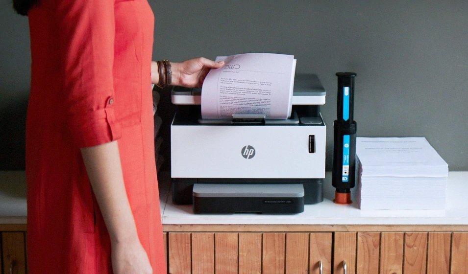 Imprime hasta 5000 páginas de inmediato con HP Neverstop Laser
